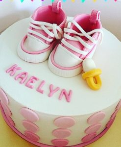 Basic Fondant Cake (3D baby shoes topper)