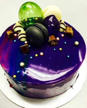 Mirror Glaze Bubble Cake